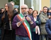 """People Care in piazza,  il sindaco Nogarin: """"Al vostro fianco"""""""