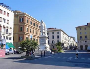 Piazza Cavour 1.ritoccata