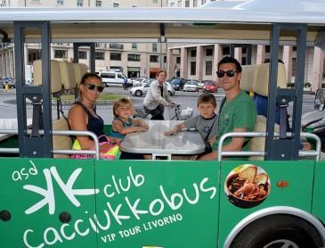 "Cacciucco in bus per turisti.  Ecco ""Cacciukkobus"""