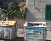 Pizzicato a scaricare rifiuti: multato