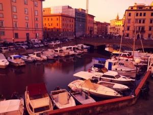 venezia battello fossi barche ormeggi tramonto