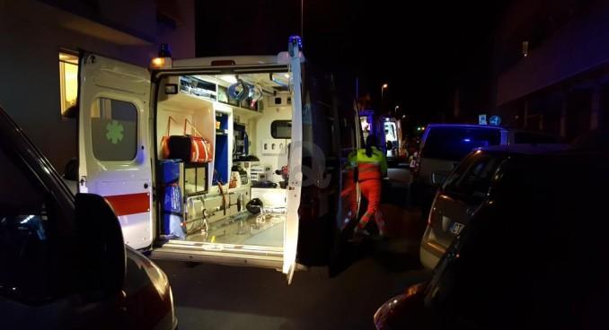 Auto ribaltata nella notte: muore a 44 anni