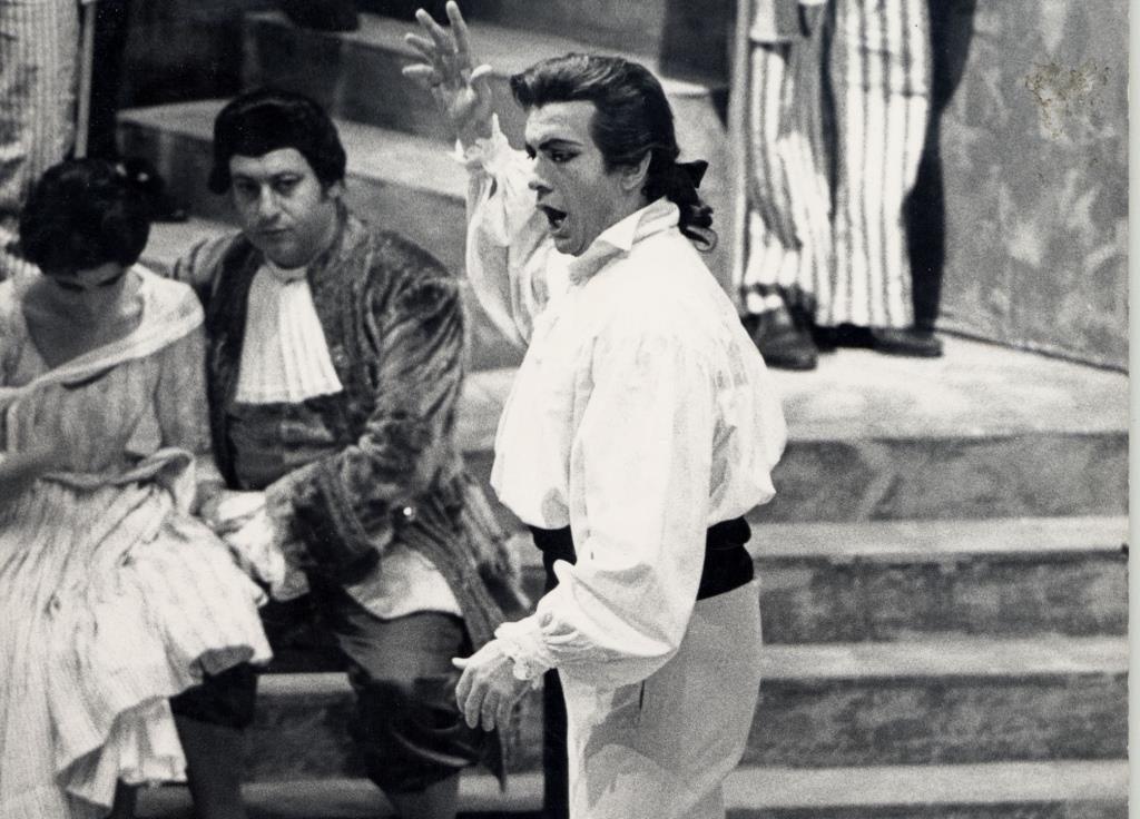 Franco Corelli as Andrea Chenier Andrea Chenier 1968 Des Gates Photo