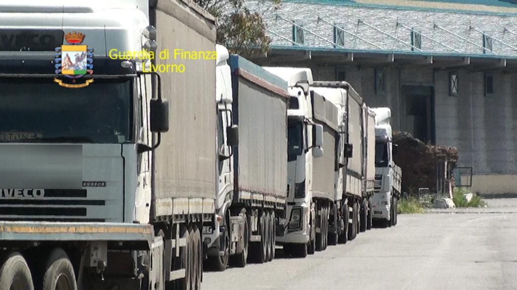 Frode nel settore trasporti cinque indagati for Ditte traslochi livorno
