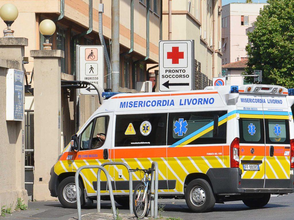 ospedale pronto soccorso misericordia ambulanza foto Simone Lanari