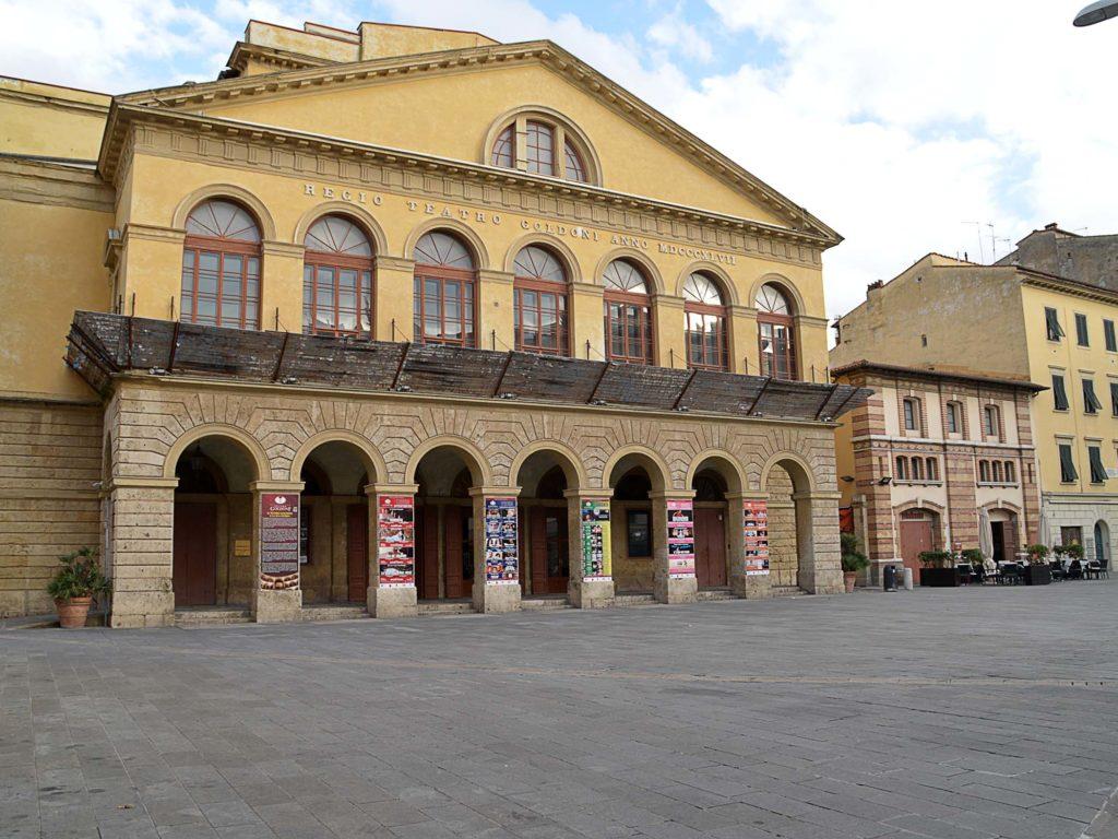 teatro goldoni e piazza goldoni foto Simone Lanari