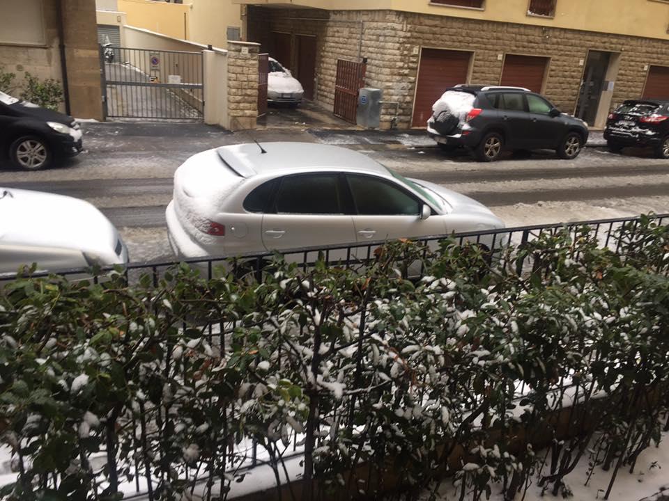 Auto imbiancate a Fabbricotti