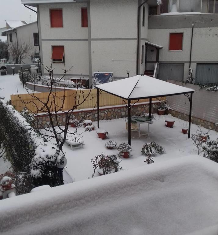 Neve al Villaggio Emilio