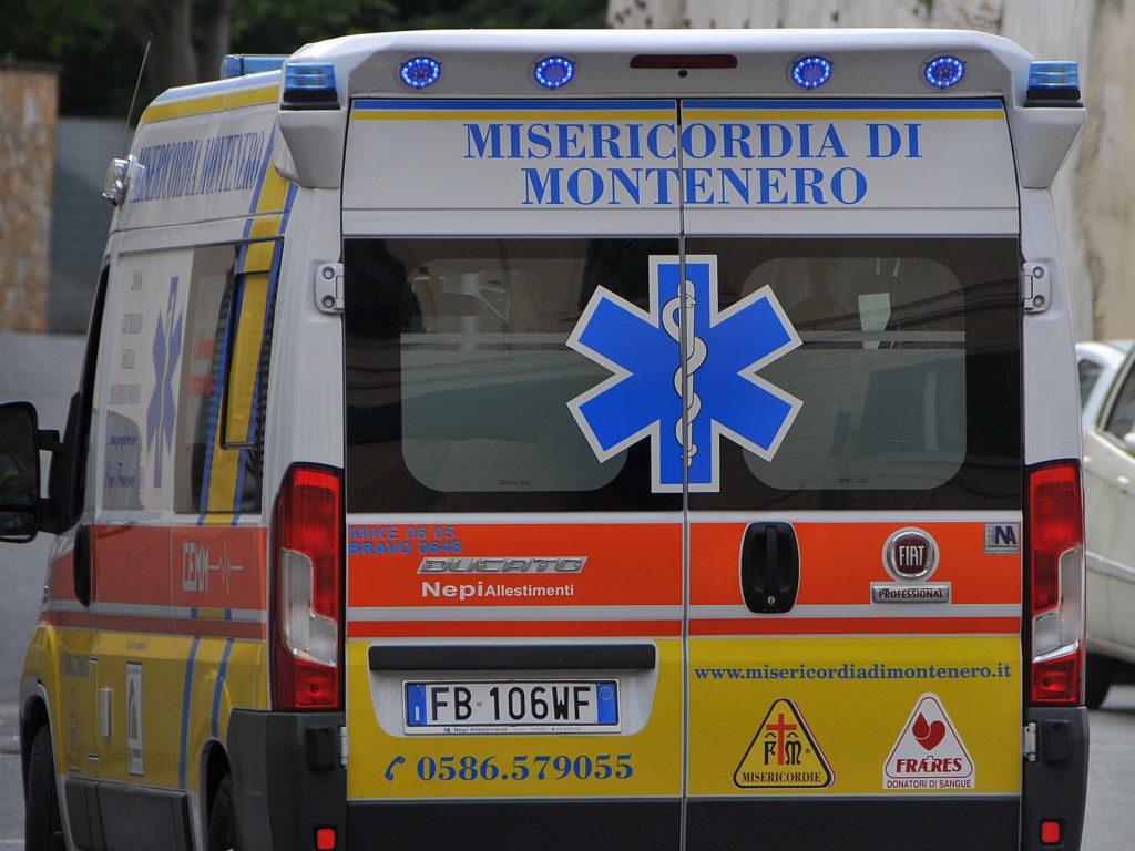Ambulanza misericordia Montenero foto Simone Lanari
