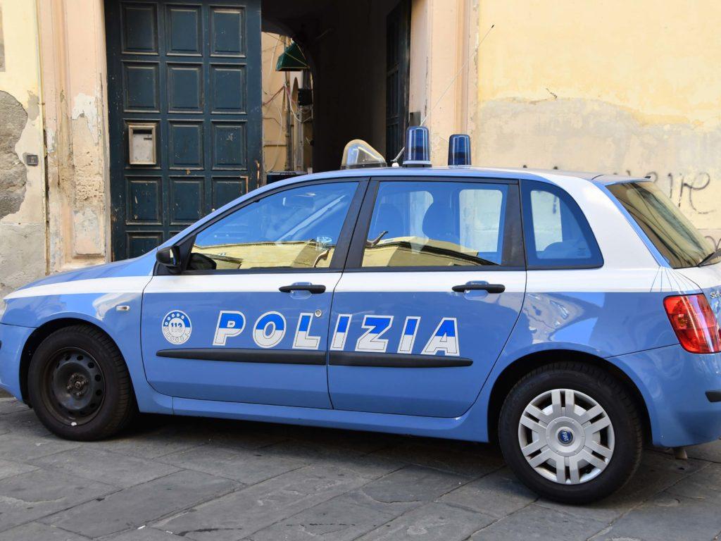 Polizia 113 controlli palazzo del Picchetto Foto Simone Lanari