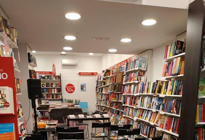 La libreria Ubik. Foto tratta dal profilo Facebook della libreria