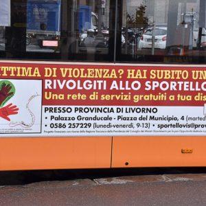 Bus anti violenza foto Simone Lanari
