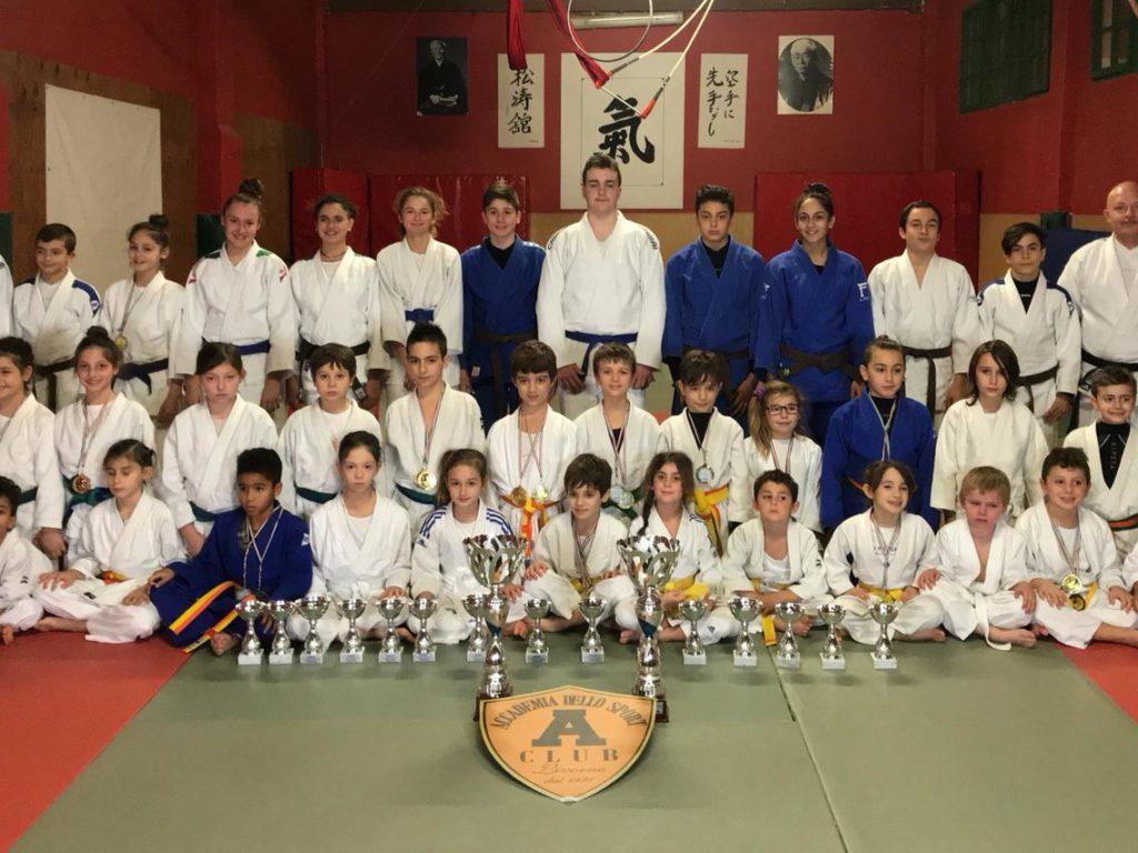 Trofeo giovani samurai l 39 accademia dello sport si - Judo bagno a ripoli ...