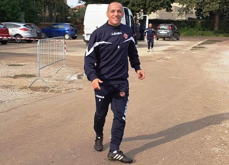 Antonio Filippini al termine della seduta di allenamento in piazza Gavi