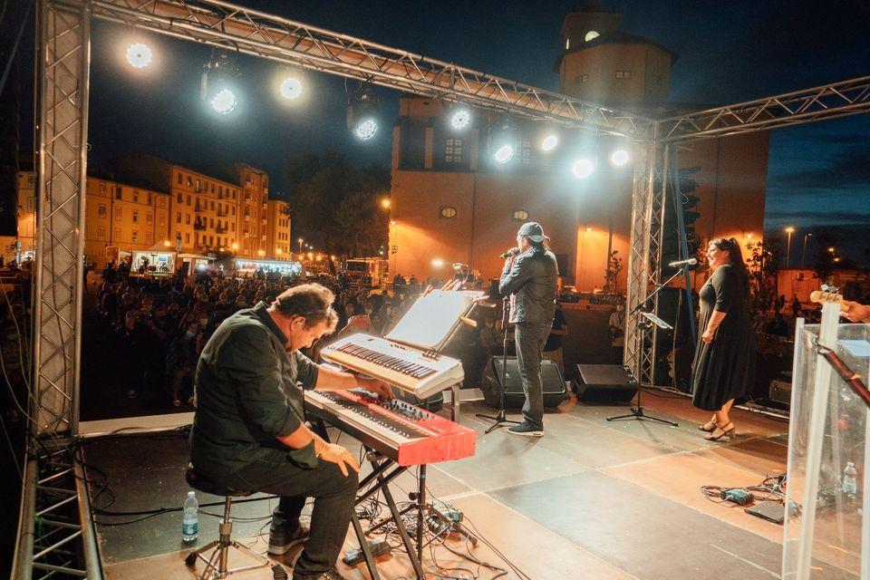 Un momento dello spettacolo di Ballantini in uno scatto di Paolo Ciriello, Sebastiano Bongi Tomà, Lorenzo Amore Bianco ©Comune di Livorno – Effetto Venezia